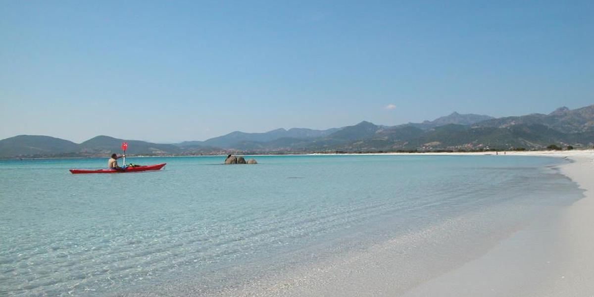 Attività in spiaggia Lu Nibareddu