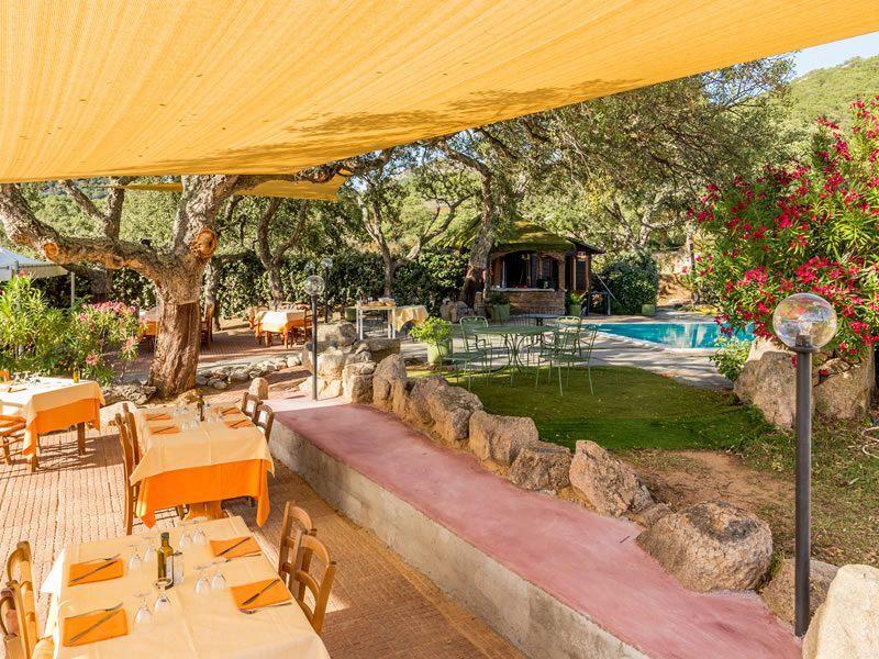 Agritourisme Restaurant «Borgo di Campagna» Lu Nibareddu