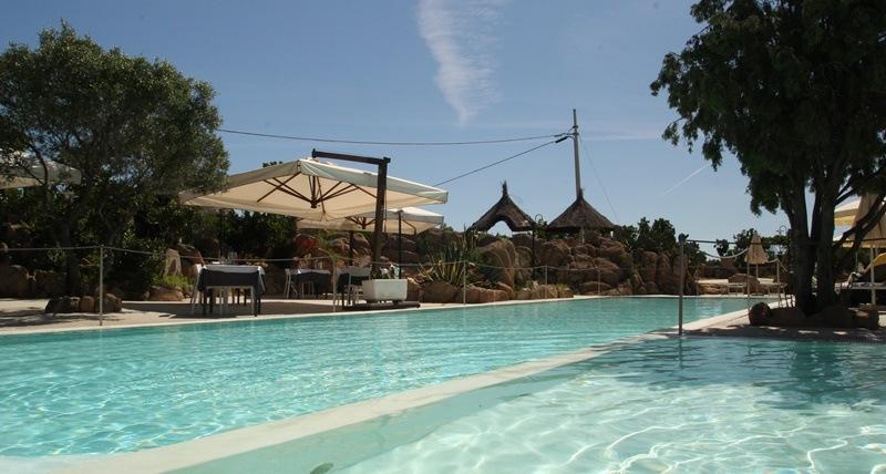 nuova-piscina-residence-lu-nibareddu