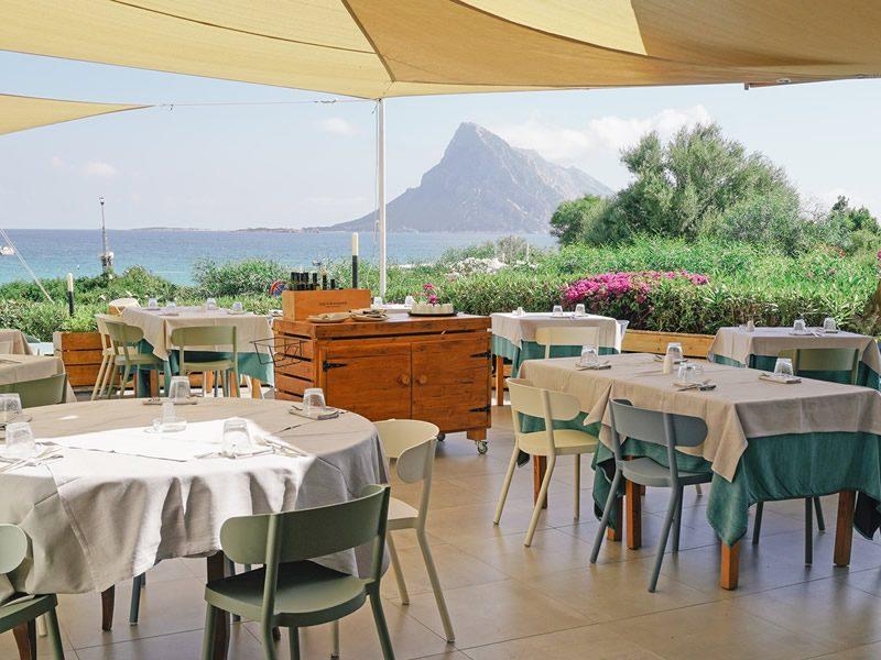 "Restaurant on the Beach ""La Tavernetta"" Lu Nibareddu"